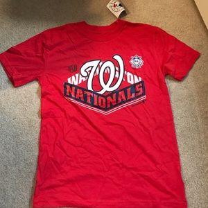Boy's Medium Washington Nationals T-shirt